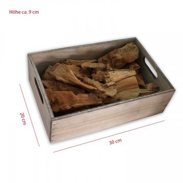 Holzkiste mit ca. 750 gr Treibholz